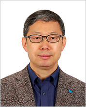 Kookmin College of Creative Engineering Dean Dong Wook Kang